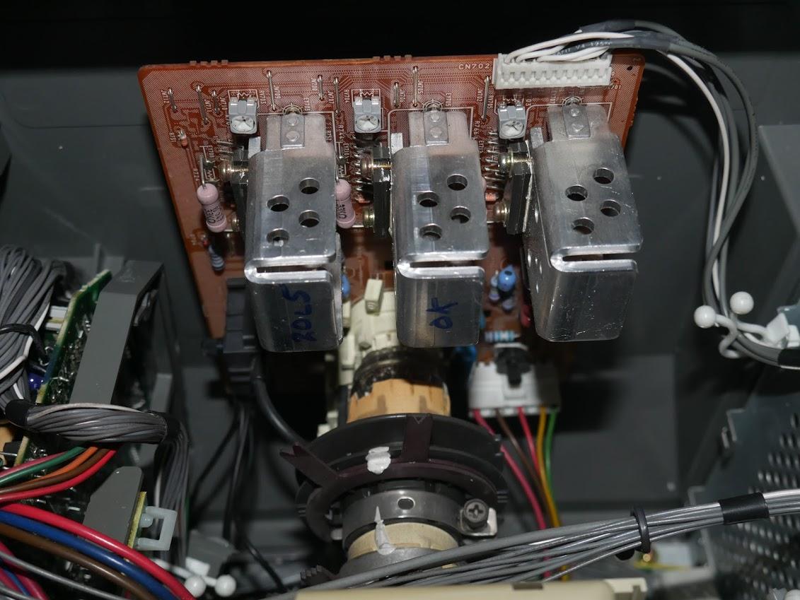 "Sony PVM 20L5 - noirs qui sont ""verts"" 101e379d69325efbb788b3373751b1d1"