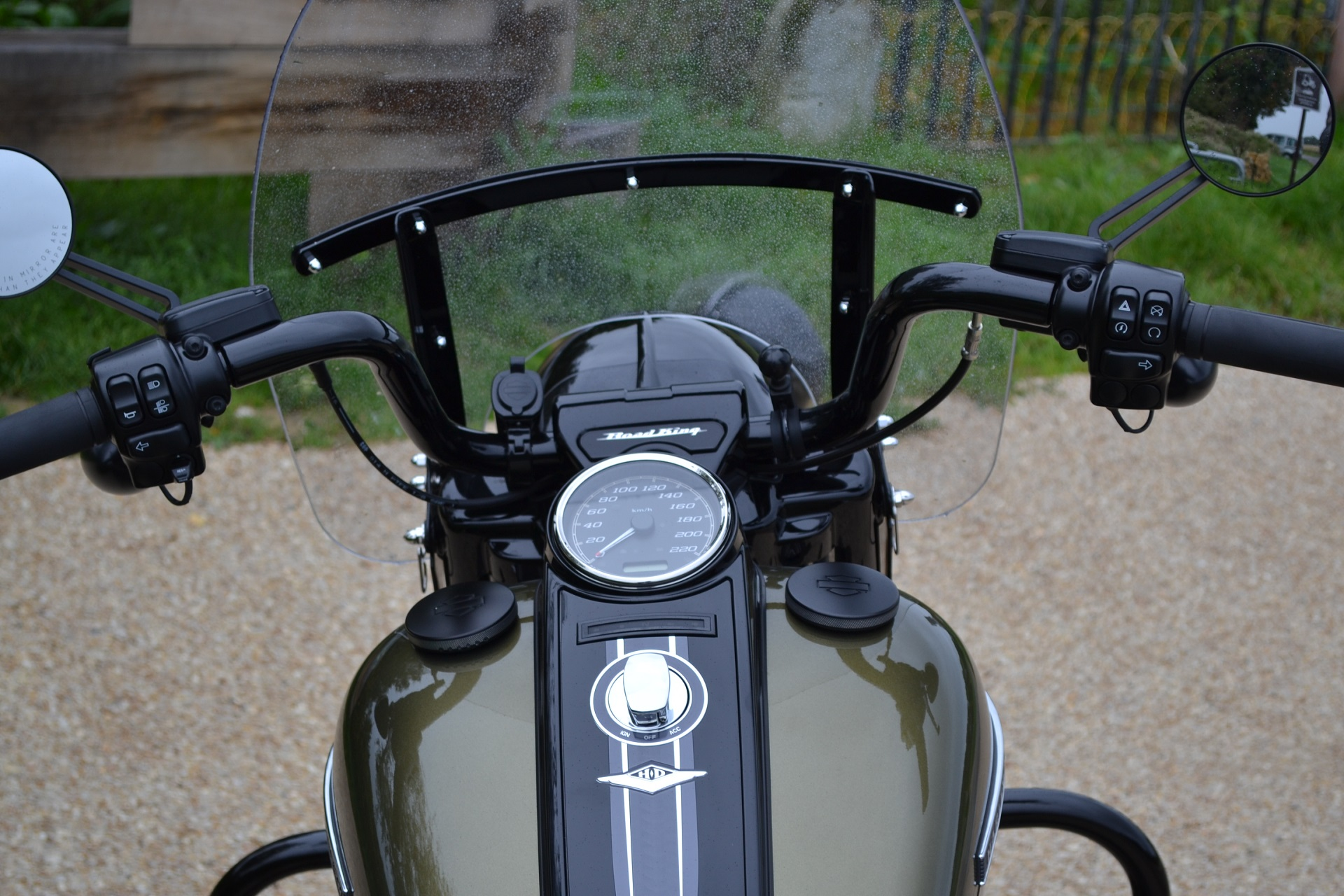 Mon Road King Special. Vive le touring! 03881b9a08ba1ded9c8bc5012ee4445c